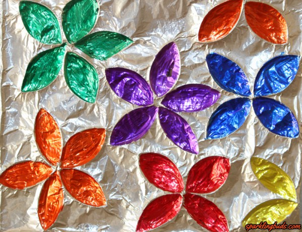 Kitchen roll aluminium foil flowers sparkling buds for Aluminium foil art and craft